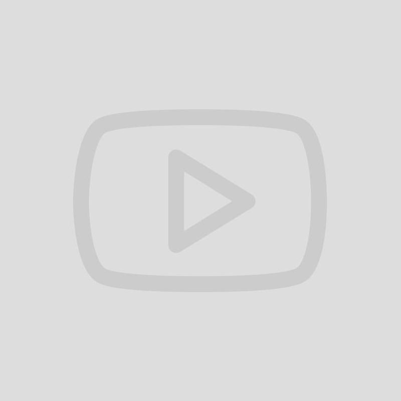 Nyeste investering😅 5 km i benene (udsigt må man tænke sig til) efterfulgt af en lille lækker workout med blivfitnu💪🏻 #blivfitnu #savnerclassic #hjemmetræning #træning #løb #fitness #motivation #keepgoing #home #hometraining #training #workout #fitnessmotivation #fit #healthy #treadmill #running #technogym #niceview 🙈
